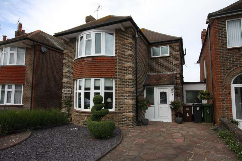 3 Bedrooms Detached House for sale in Dillingburgh Road, Eastbourne BN20