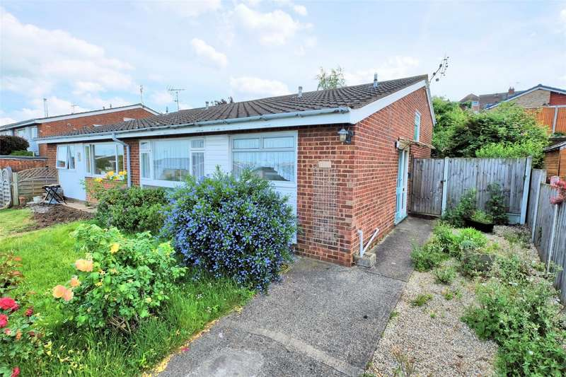 2 Bedrooms Semi Detached Bungalow for sale in Kingfisher Close, WHITSTABLE, Kent
