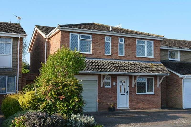 4 Bedrooms Property for sale in Hardwell Close, Grove, Wantage