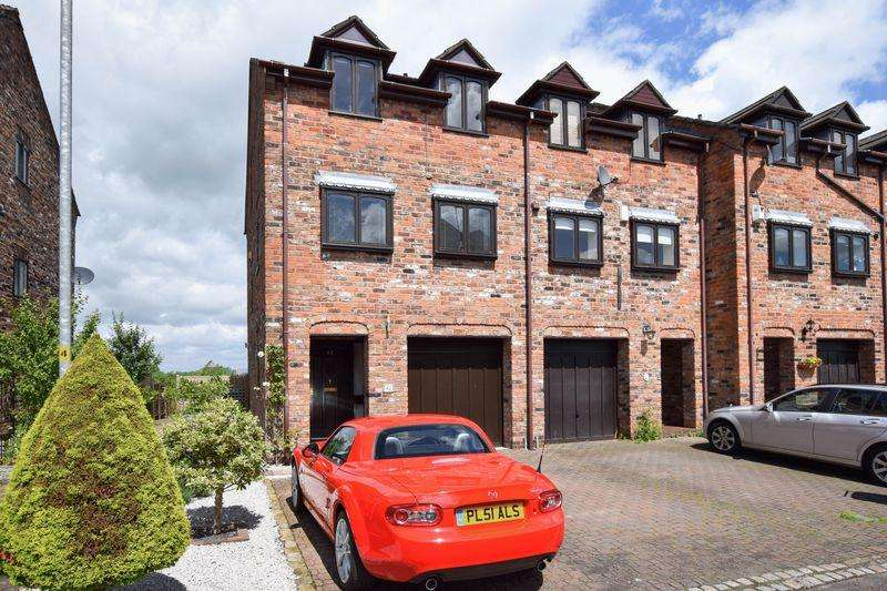 3 Bedrooms House for sale in Cyril Bell Close, Lymm