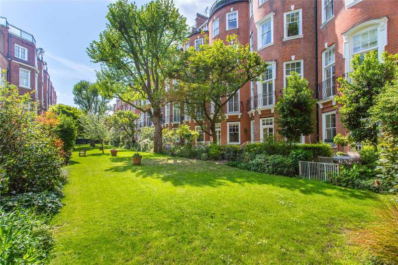 3 Bedrooms Flat for sale in Sloane Court East, London, SW3