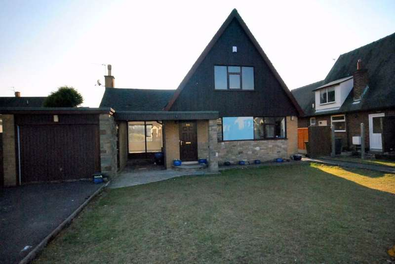 3 Bedrooms Detached House for rent in Heyhouses Lane, Lytham St Annes, FY8