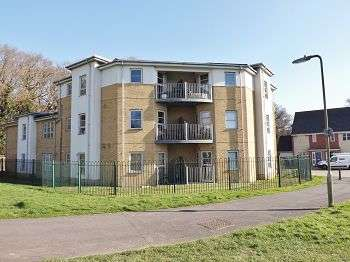 1 Bedroom Flat for sale in Madocks Way, Waterlooville, PO8 8QE