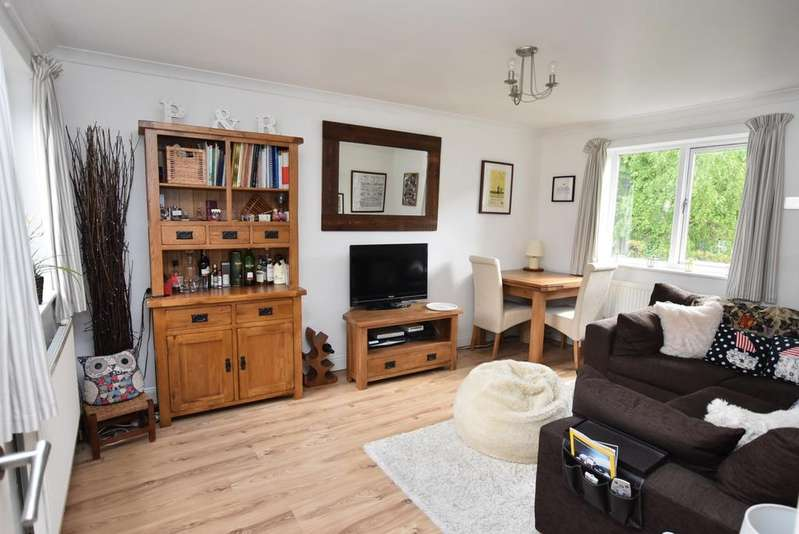 1 Bedroom Flat for sale in Nesbitt Close Blackheath SE3