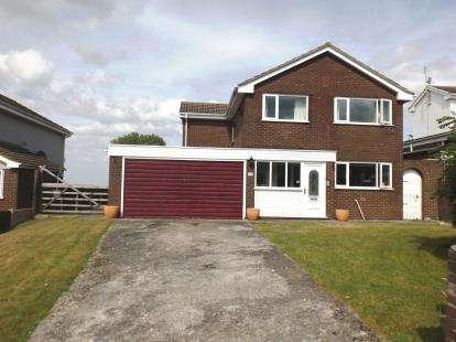 House for sale in Parc Aberconwy, Prestatyn, Denbighshire, LL19