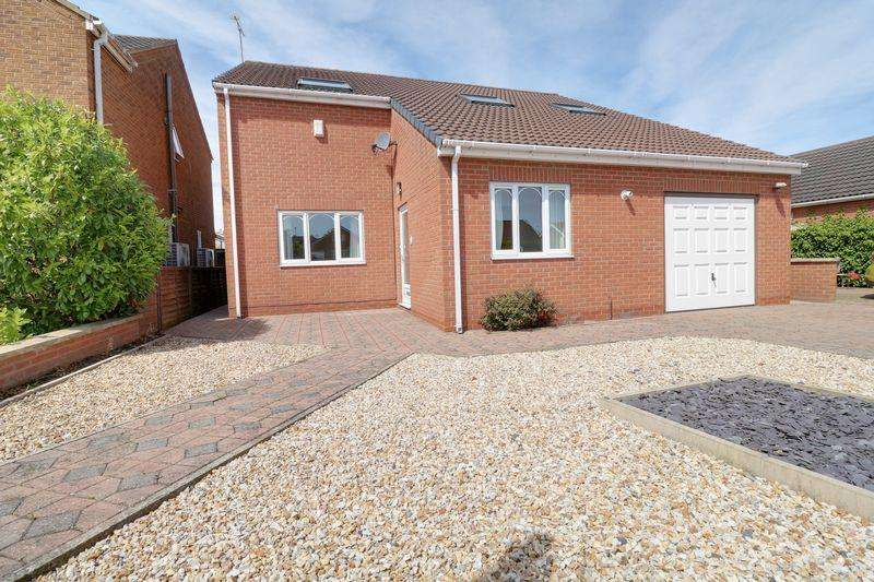 4 Bedrooms Detached House for sale in Nicolson Drive, Barton-Upon-Humber