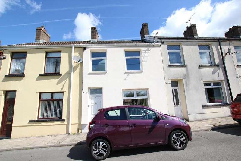 3 Bedrooms Terraced House for sale in Summerfield Terrace, Fleur de Lys, Blackwood NP12
