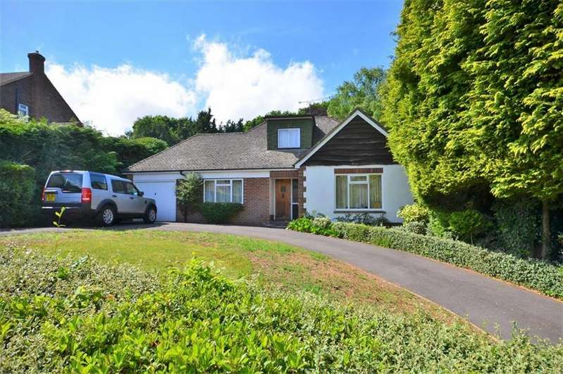 3 Bedrooms Chalet House for sale in Abbots Ride, Farnham