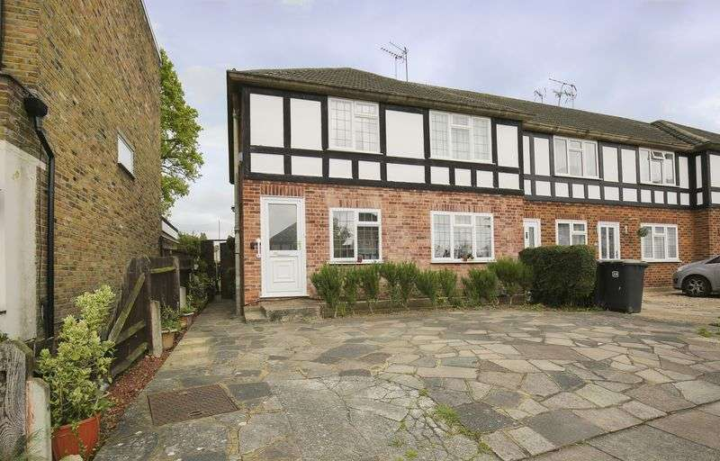 2 Bedrooms Property for sale in Holtwhite Avenue, Enfield