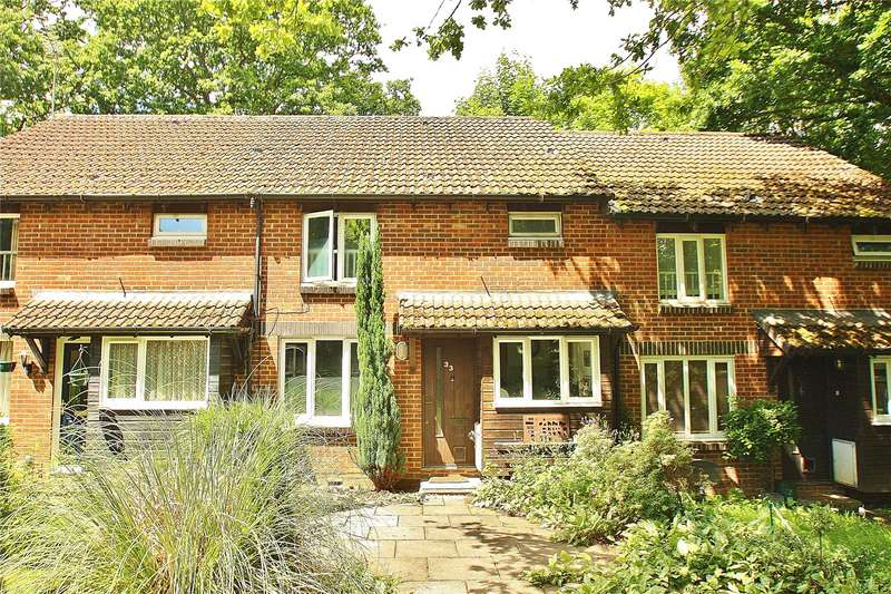 1 Bedroom Terraced House for sale in Overthorpe Close, Knaphill, Woking, Surrey, GU21