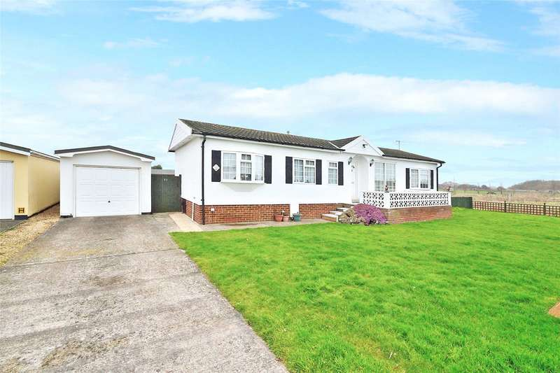2 Bedrooms Detached Bungalow for sale in Willowbrook Park, Old Salts Farm Road, Lancing, BN15