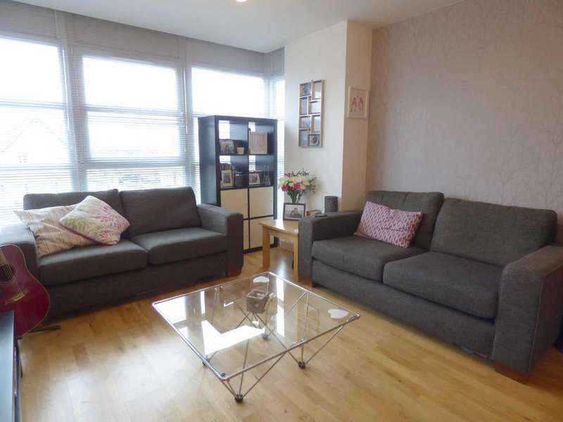 2 Bedrooms Apartment Flat for sale in Freshfields, Spindletree Avenue, Blackley, Manchester, M9