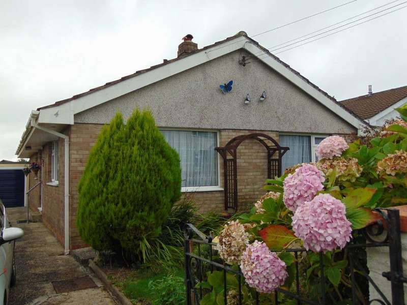 3 Bedrooms Detached Bungalow for sale in Parc Heol Ddu, Pen Y Mynydd, Llanelli
