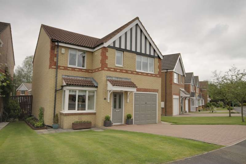 4 Bedrooms Detached House for sale in Balmoral Grove, Consett, DH8
