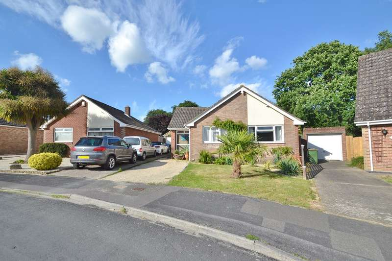 4 Bedrooms Detached Bungalow for sale in Bishopstoke