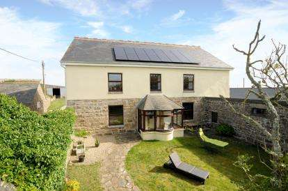 4 Bedrooms Detached House for sale in Penzance, Cornwall