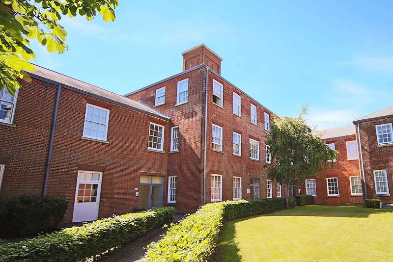 1 Bedroom Apartment Flat for sale in Knowle Avenue, Knowle, Fareham