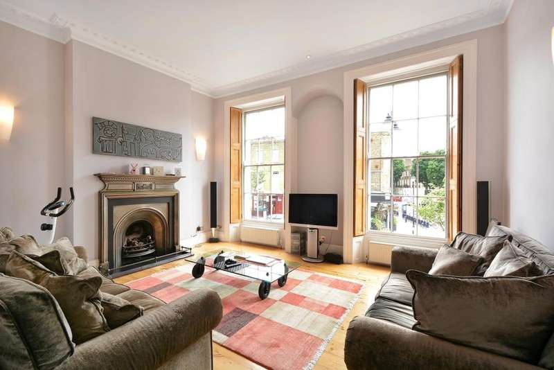 3 Bedrooms Flat for sale in Amwell Street, Clerkenwell, London