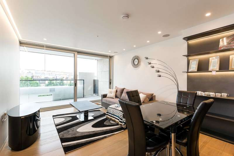3 Bedrooms Flat for sale in Buckingham Palace Road, Victoria, SW1W