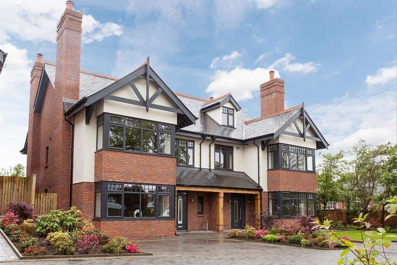 6 Bedrooms Semi Detached House for sale in Sandy Lane, Romiley