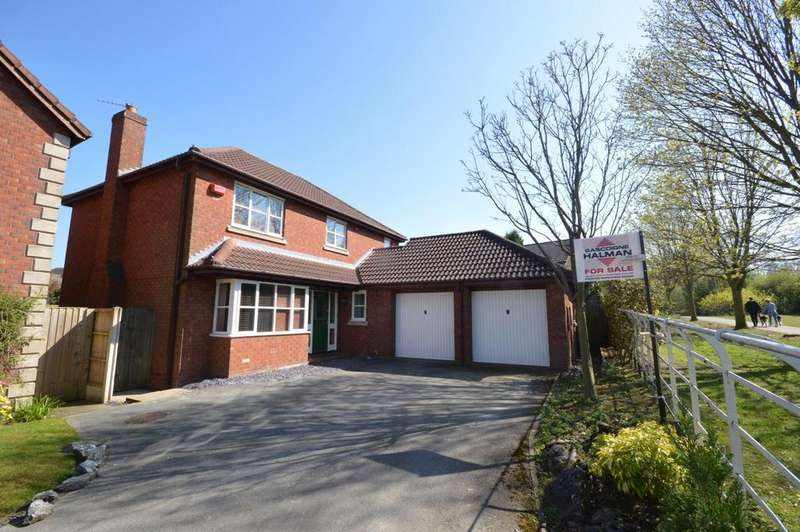 4 Bedrooms Detached House for sale in Kingsbury Close, Appleton, Warrington