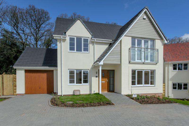 3 Bedrooms Detached House for sale in PLOT 6, OAK TREE GARDENS, WEST HILL