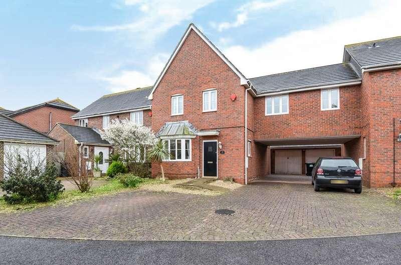 4 Bedrooms Detached House for sale in Mere Close, Bracklesham Bay, PO20