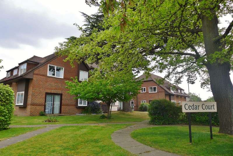 2 Bedrooms Retirement Property for sale in FAREHAM