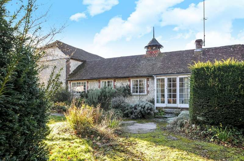 2 Bedrooms Bungalow for sale in The Gatehouse At Ashford Chace, Steep, GU32