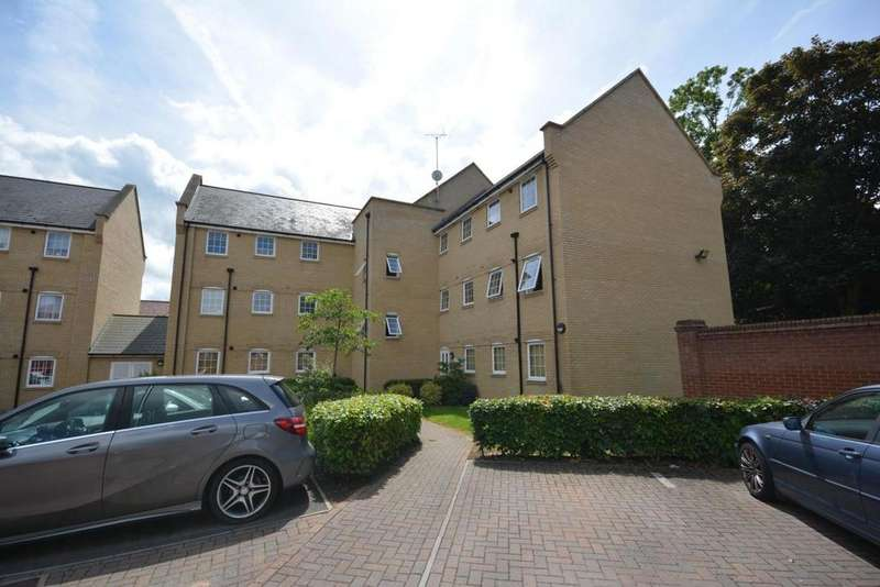 2 Bedrooms Apartment Flat for sale in Hammond Place, Nowell Close, Braintree, Essex, CM7