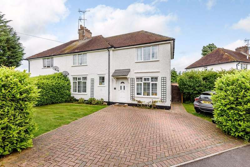 4 Bedrooms Semi Detached House for sale in Virginia Water