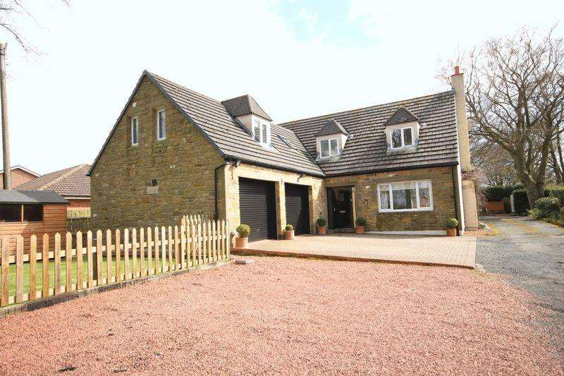 4 Bedrooms Detached House for sale in Beechgrove, Acklington, Morpeth