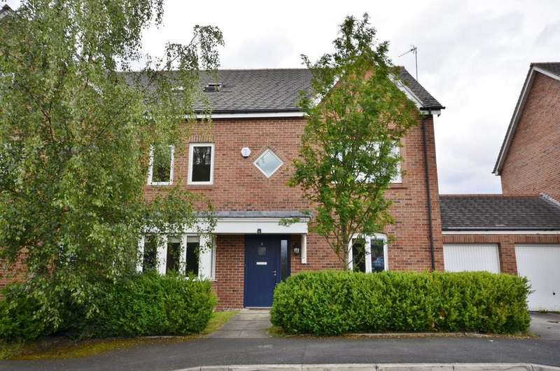 4 Bedrooms Semi Detached House for sale in Robin Road, West Timperley, Altrincham