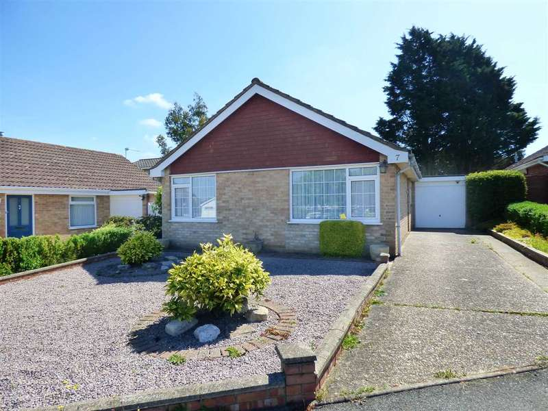 3 Bedrooms Detached Bungalow for sale in BEARWOOD - THREE BEDROOM BUNGALOW - VERY PRIVATE REAR GARDEN