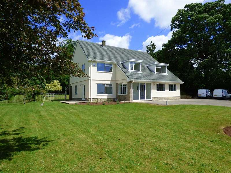 4 Bedrooms Detached House for sale in Tigh Na Darag, Llanvair Discoed, Chepstow