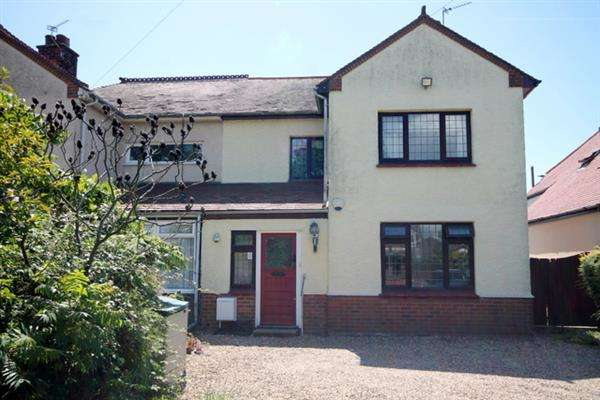 4 Bedrooms House for sale in St Johns Road, Clacton on Sea