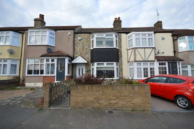 3 Bedrooms Terraced House for sale in Benets Road, Hornchurch, Essex, RM11