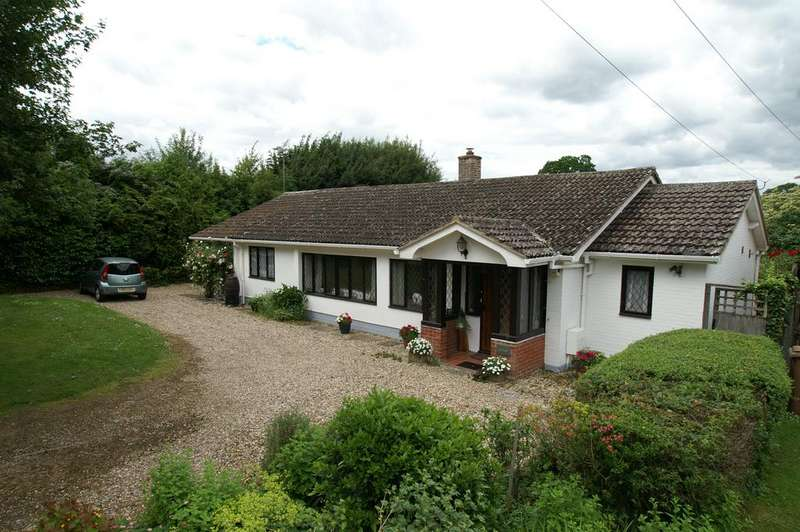 2 Bedrooms Detached Bungalow for sale in Bridge Street Road, Lavenham, Sudbury CO10