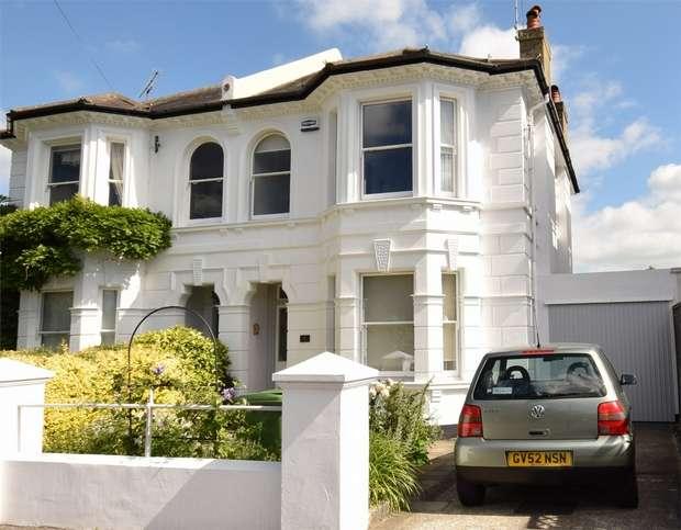 4 Bedrooms Semi Detached House for sale in Gordon Road, SEVENOAKS, Kent