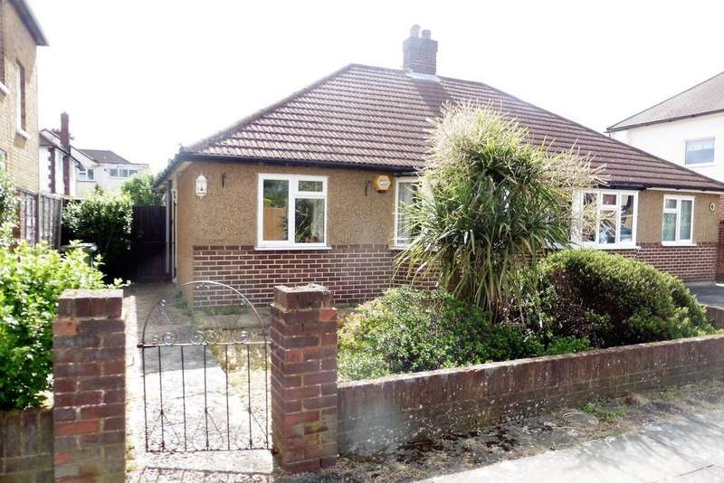 2 Bedrooms Semi Detached Bungalow for sale in Ford Road, Ashford, TW15
