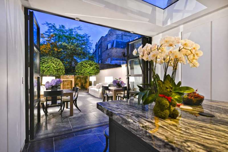 5 Bedrooms House for sale in Knightsbridge SW7