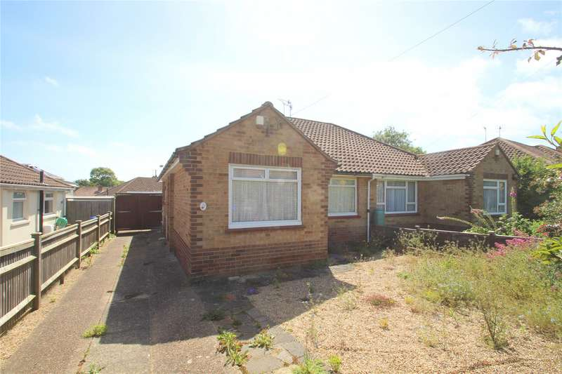 2 Bedrooms Semi Detached Bungalow for sale in Meadowview Road, North Sompting, West Sussex, BN15
