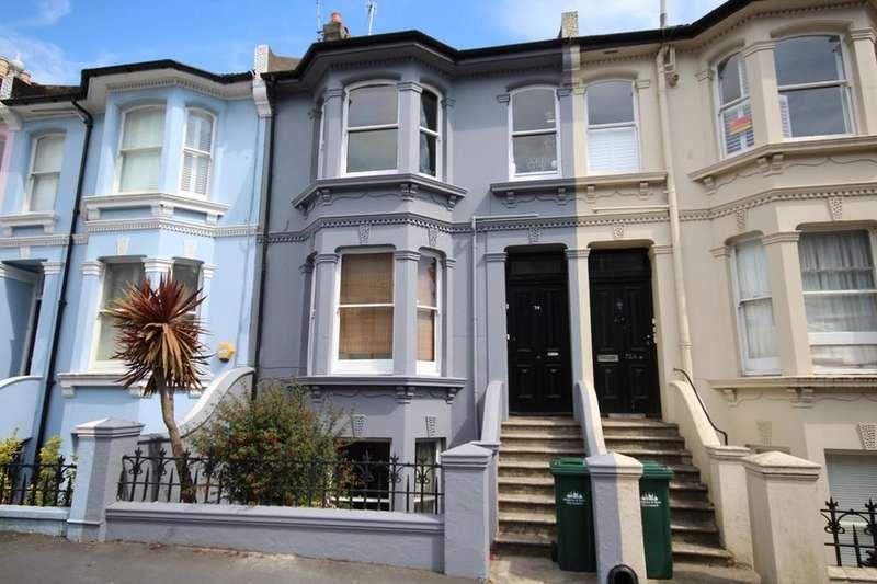 2 Bedrooms Maisonette Flat for sale in Queens Park Road, Brighton BN2