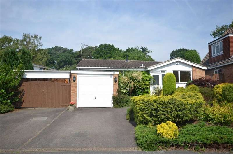 3 Bedrooms Detached Bungalow for sale in Copse Avenue, Farnham