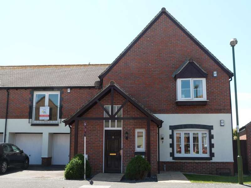 2 Bedrooms Flat for sale in Millington Drive, Selsey