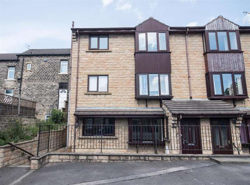1 Bedroom Flat for sale in Beaumont Avenue, Moldgreen, Huddersfield, HD5 8HD
