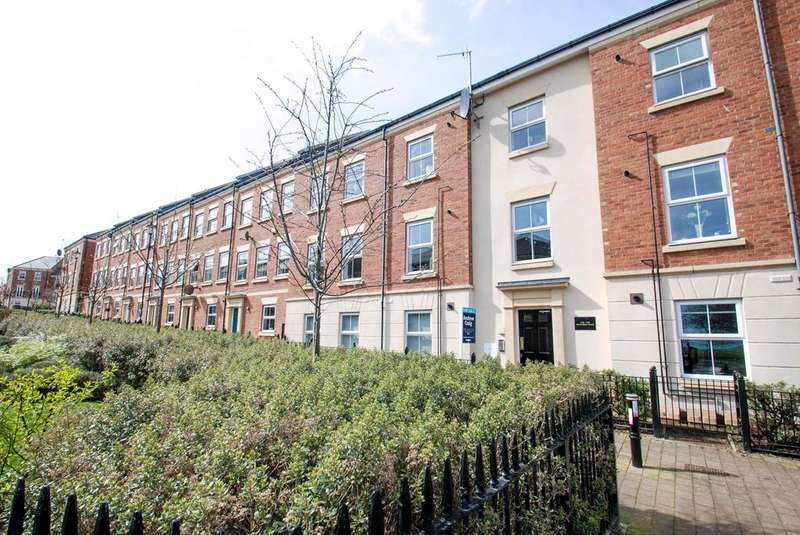 2 Bedrooms Flat for sale in North Main Court, South Shields