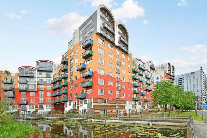 3 Bedrooms Flat for sale in Maurer Court, Mudlarks Boulevard, London