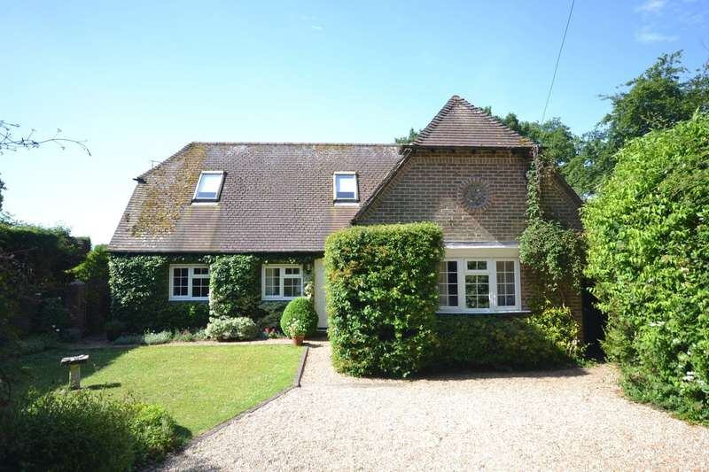 3 Bedrooms Detached House for sale in West Walberton Lane, Walberton, BN18