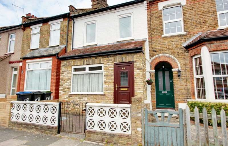 2 Bedrooms Property for sale in Glenville Avenue, Enfield